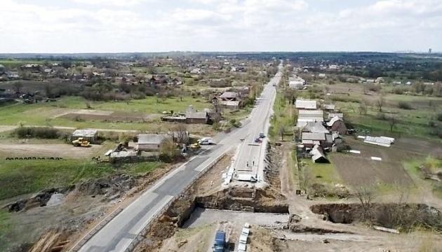 На Донеччині 300 безробітних працевлаштовані завдяки «Великому будівництву» – ОДА