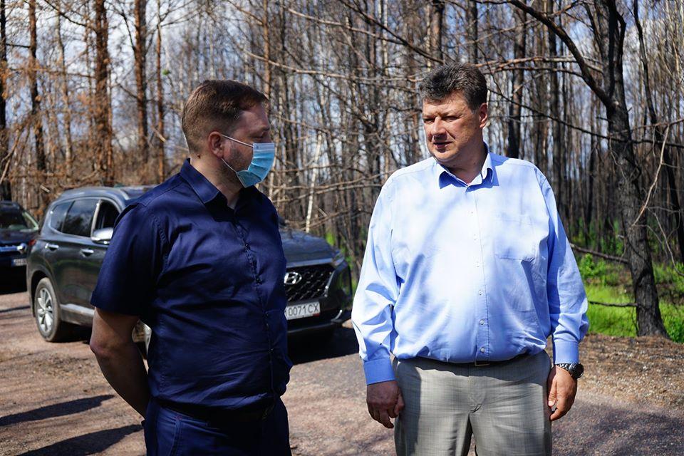 Віталій Бунечко (справа)