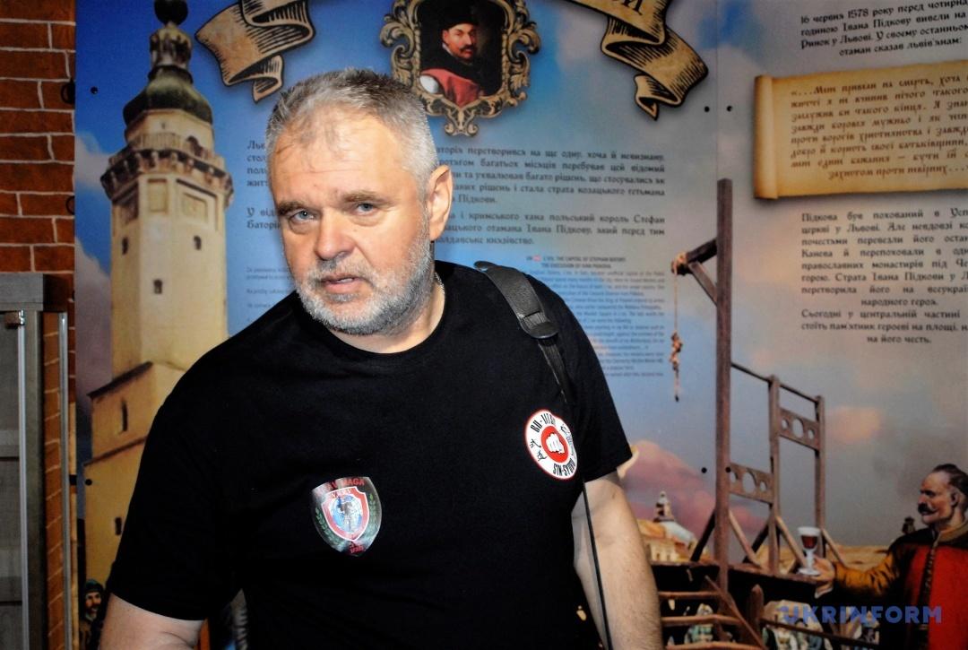 Валерій Галан