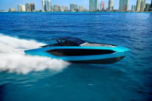 "Lamborghini представила люксовую яхту с двигателем на четыре тысячи ""лошадей"""