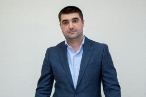 Чиновник КМДА звинуватив депутата Київради у побитті