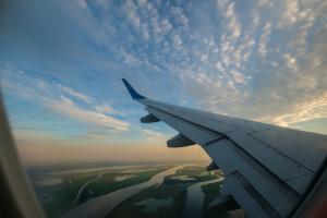 В Австралії авіапасажирів вакцинуватимуть перед перельотом