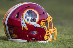 Популярна у США команда Washington Redskins змінить назву через расові питання