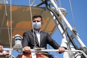 Зеленский приехал посмотреть на танкер Delfi