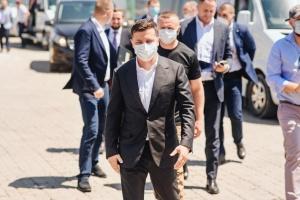 Україна поверне всі свої території - Зеленський