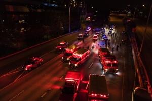 В Сиэтле машина въехала в толпу протестующих, есть погибший