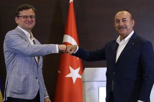 Проверка жарой и солнцем: По итогам визита Кулебы в Турцию