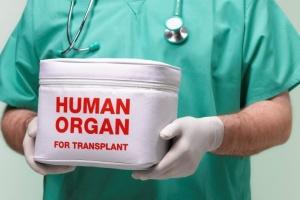 Трансплантація в Україні: не провалена, але й досі не запущена