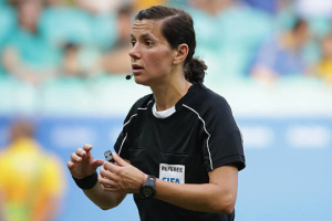 Финальный матч Кубка Украины по футболу рассудит Екатерина Монзуль