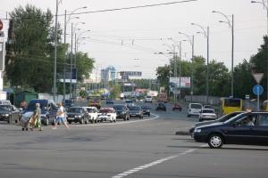 Вулицю Братиславську частково перекриють до 1 серпня