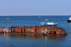 Екологічна інспекція оцінила збиток від аварії танкера Delfi