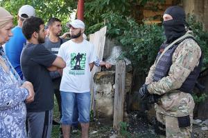クリミア・タタール拘束者7名に 露治安機関「禁止書物を探している」