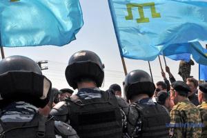Оккупанты в Крыму вручают предостережения крымскотатарским активистам