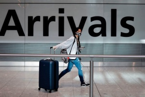 Британия изменила список стран, из которых можно въехать без самоизоляции