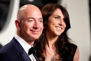 Ексдружина Безоса стала найбагатшою жінкою у Штатах