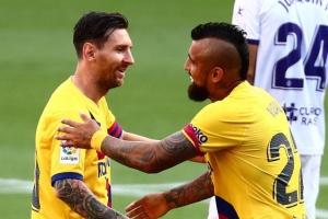 """""""Барселона"""" скоротила відставання від """"Реала"""", обігравши """"Вальядолід"""""""