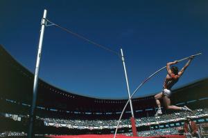 35 років тому Сергій Бубка першим у світі подолав 6 метрів у стрибках з жердиною