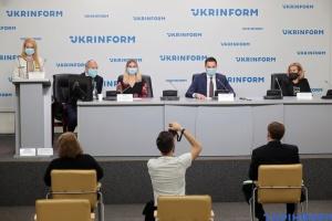 В Украине стартует проект по поддержке детей, которых из-за COVID-19 вернули из интернатов