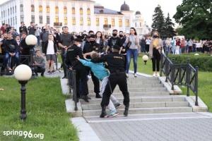 На акциях протеста в Беларуси задержали около 260 человек, среди них - журналисты