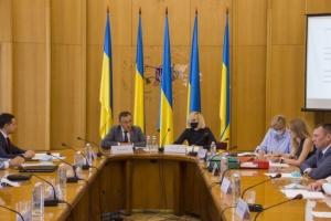 Статус закордонного українця отримали ще 58 осіб
