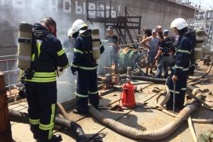 На судостроительном заводе в Николаеве загорелся корабль