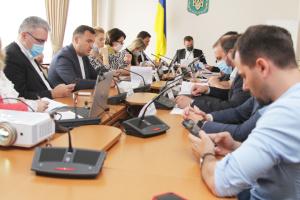 Комитет Рады назвал три сценария для школ с 1 сентября