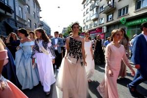 Тернопіль проведе парад випускників попри карантин