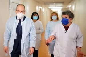 Степанов сказав, якою має бути зарплата медиків у 2021 році