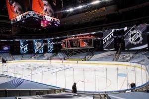 НХЛ повертається відразу з матчів плей-офф