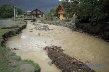 Losses from floods in Chernivtsi region preliminary estimated at UAH 1.3 bln