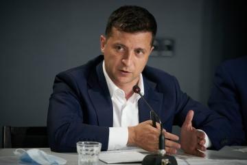 ゼレンシキー大統領、ミンスクで拘束されていた3名のウクライナ国民の解放を発表