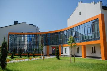 Велике будівництво: у Вінниці до кінця липня здадуть нову школу на 1200 місць