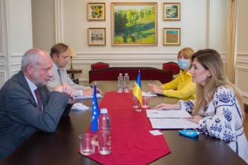 Dzheppar et le représentant de l'UE ont discuté du sommet Ukraine-UE et de la situation en Crimée