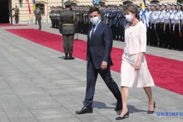 Switzerland allocates CHF 108M for humanitarian aid to Ukraine – Zelensky
