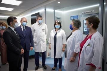 Stepanov: Okhmatdyt realizará un trasplante de médula ósea
