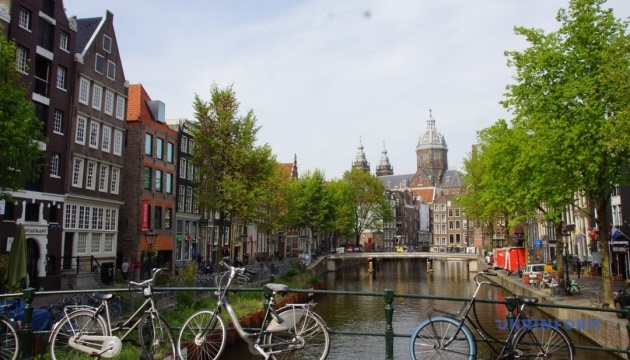 У Нідерландах послабили карантин - працюють сауни, казино, спортзали