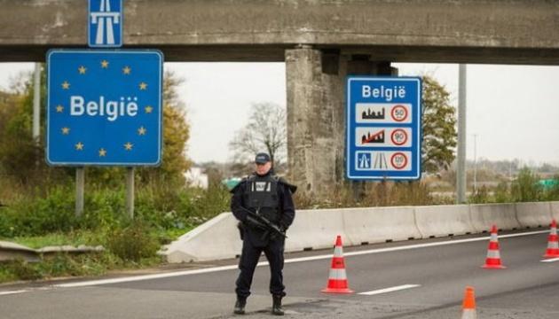 Бельгия вводит комендантский час и ужесточает ограничения