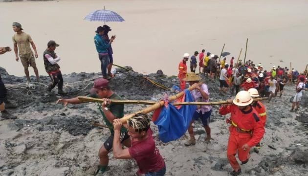 В Мьянме после оползня погибли уже 166 шахтеров