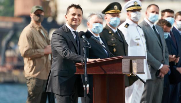 ВМС будуть повністю оснащені ракетною зброєю — Президент