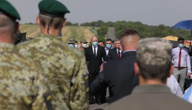 Україна пам'ятатиме визволення міст Донеччини і загиблих на горі Карачун - Шмигаль
