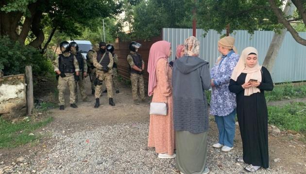 露治安機関、クリミアでクリミア・タタール人民家家宅捜索 6名拘束