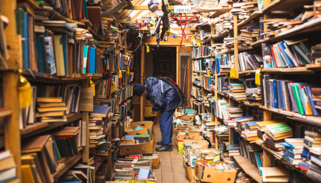 Строительство ТРЦ на территории книжного рынка