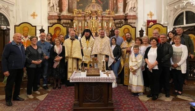 Владика Степан Сус зустрівся з українською громадою у Зальцбурзі
