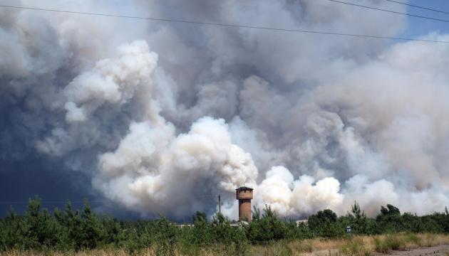 """ОБСЄ допомогла погодити з окупантами """"тишу"""", щоб гасити пожежі з літаків - Наєв"""