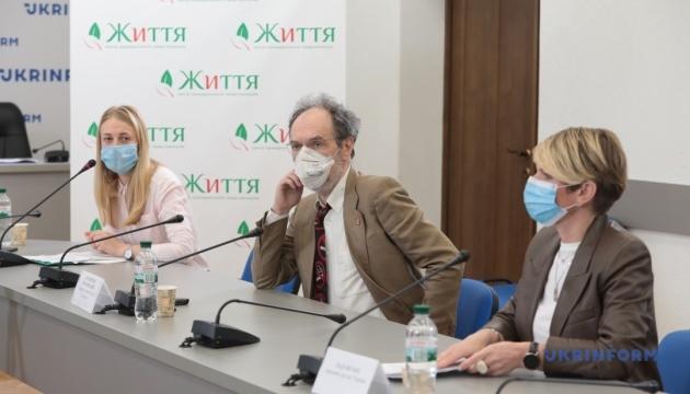 Относительно эффективности выполнения 7-летнего плана ежегодного повышения ставок табачных акцизов на 20%