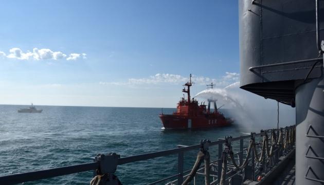 Сбор-поход в Черном море: украинские корабли тренировались отбить атаку