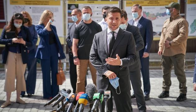 """Зеленський анонсував """"Велике будівництво"""" 2.0 - відновлення 100 культурних об'єктів"""