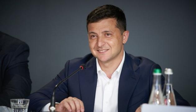 Зеленський повідомив про звільнення трьох затриманих у Мінську українців