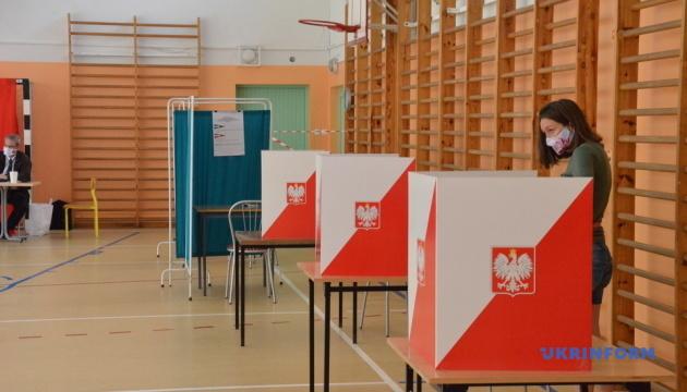 У Польщі -  висока явка у другому турі президентських виборів