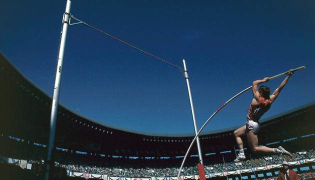 35 лет назад Сергей Бубка первым в мире преодолел 6 метров в прыжках с шестом